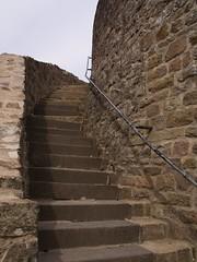 Treppe empor der Burgmauer