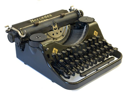 Mercedes Prima typewriter