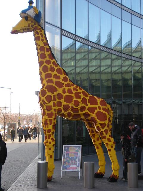 Sony Center Berlin: Lego sculpture