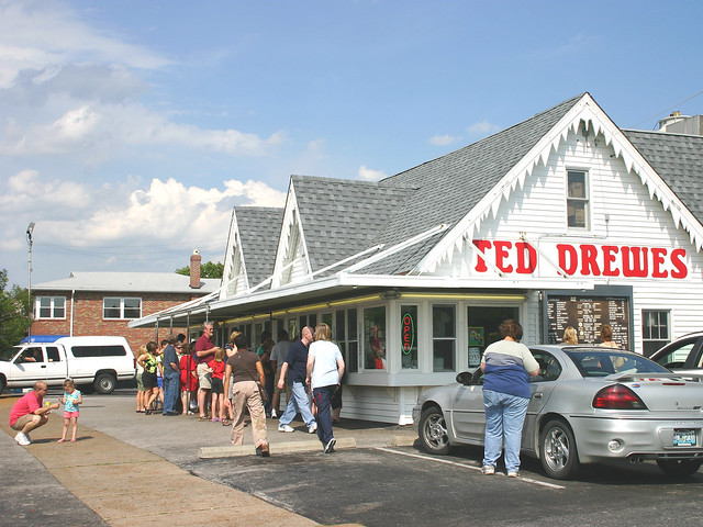 20b Saint Louis MO - Ted Drewe's Frozen Custard 07