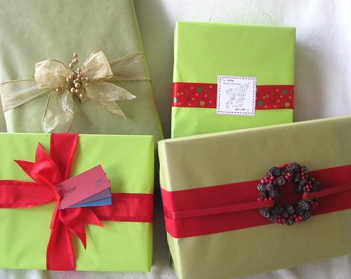 christmas present wrap