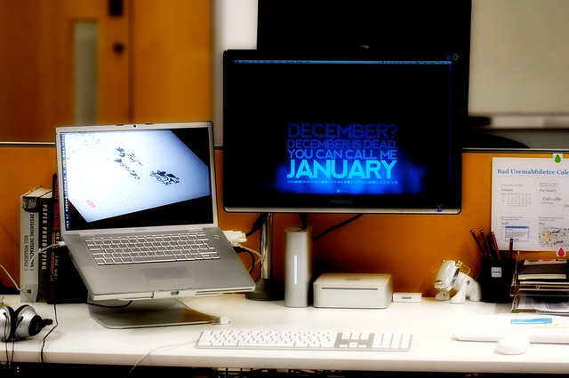 [013/365] - New Year, New Desk