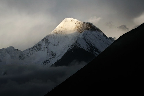 大象无形(Mt. Kung-k'a,7,556m,Sichuan,China)