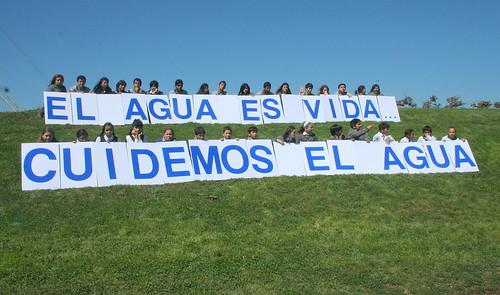 Frente a hermosa fuente celebraron Día Mundial del Agua