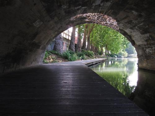 En longeant le canal
