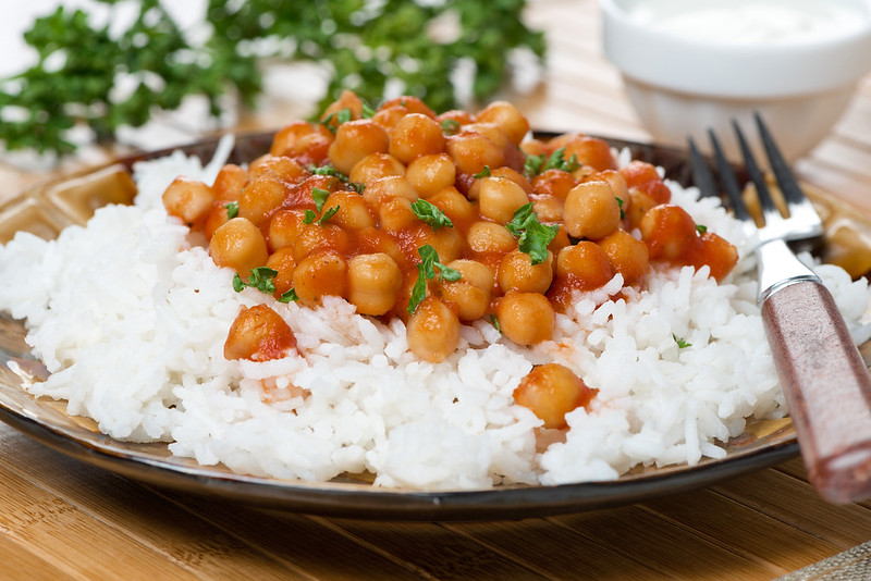 chickpeas in tomato sauce with rice