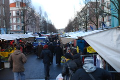 This is is just one (of three or four) blocks of stalls in the Dappermarkt