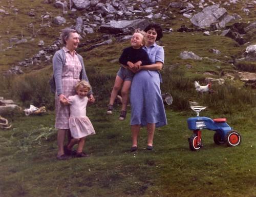 Aunt Elizabeth, Anna-Marie, James, Fiona