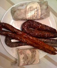 italian sausage, charcuterie, sujuk, meat, longaniza, food, breakfast sausage, cooking, bratwurst,