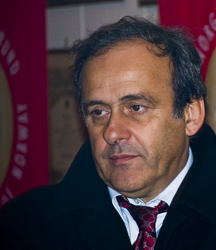 Platini proposes Euro tournament changes