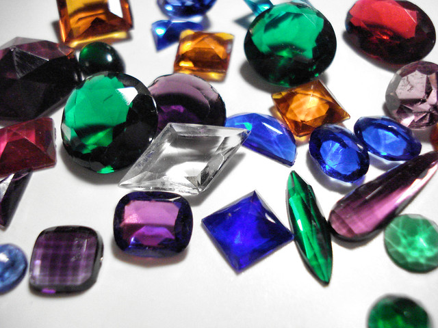 1 ounce of vintage glass jewels