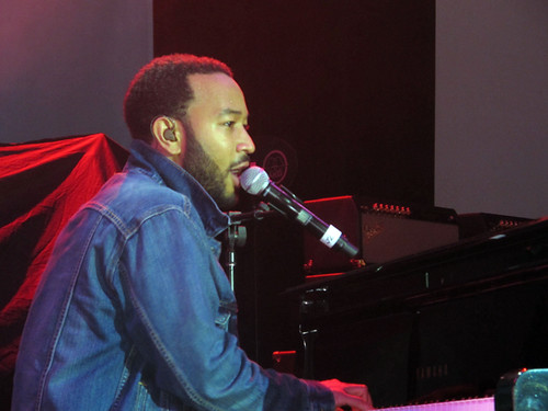 John Legend sings and plays at Gulf Aid