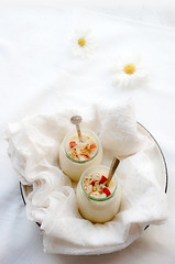 Vanilla-white-chocolate-pudding-and-poached-pears