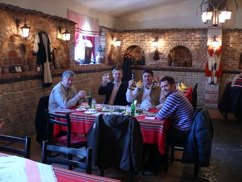 friends people restaurant eating drinking macedonia cheers prost makedonija mazedonien nastrowje baschko gps20090107