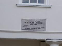 Photo of Samuel Johnson white plaque
