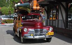 1947 Chevrolet woody - maroon - fvr
