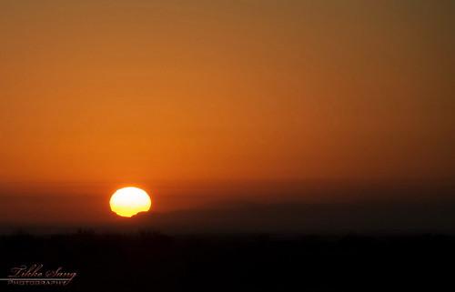 light orange sun sunrise persian iran persia iranian rise semnan