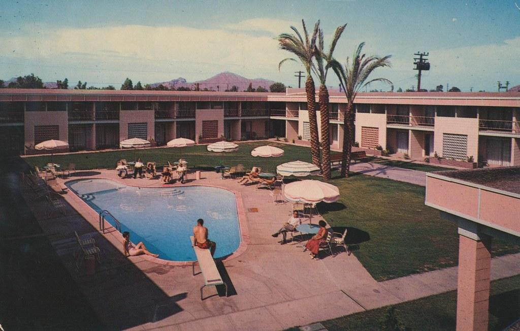 Desert Rose Motor Hotel - Phoenix, Arizona