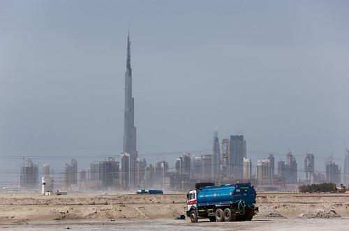 les architectes de duba ont ils oubli les gouts la tour burj khalifa doc de haguenau. Black Bedroom Furniture Sets. Home Design Ideas
