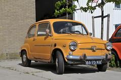automobile(1.0), fiat(1.0), vehicle(1.0), fiat 600(1.0), seat 600(1.0), subcompact car(1.0), city car(1.0), zastava 750(1.0), antique car(1.0), land vehicle(1.0),