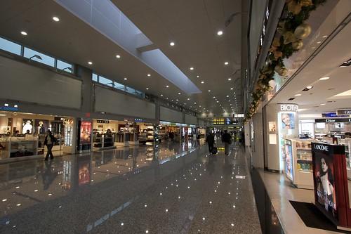 台湾桃園国際空港は無料で無線LANが使える