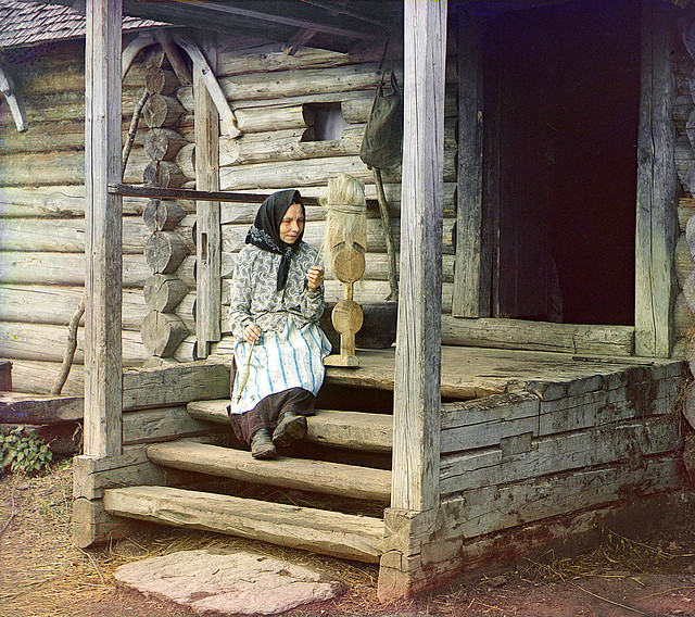 By yarn. In the Izvedovo village, 1910