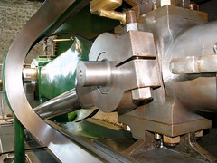 wheel(0.0), aircraft engine(0.0), machine(1.0), tool and cutter grinder(1.0), machine tool(1.0),