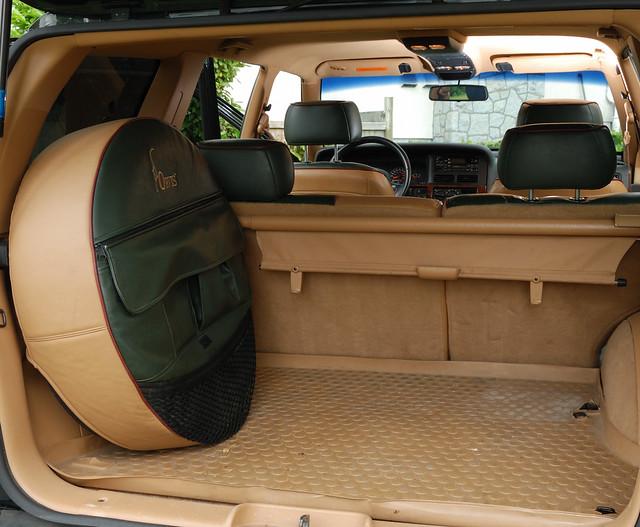 jeep grand cherokee cargo autos post. Black Bedroom Furniture Sets. Home Design Ideas