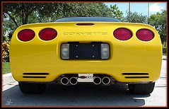 chevrolet(1.0), automobile(1.0), automotive exterior(1.0), wheel(1.0), vehicle(1.0), automotive design(1.0), chevrolet corvette c6 zr1(1.0), bumper(1.0), land vehicle(1.0), luxury vehicle(1.0), sports car(1.0),