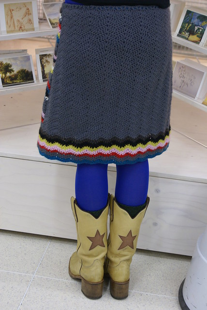 (wood &) wool skirt