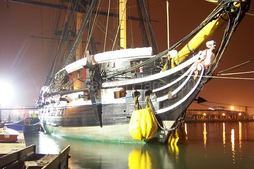 HMS Trincomalee is moved (2)