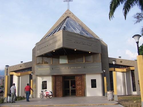 Iglesia San Jacinto by maracaina