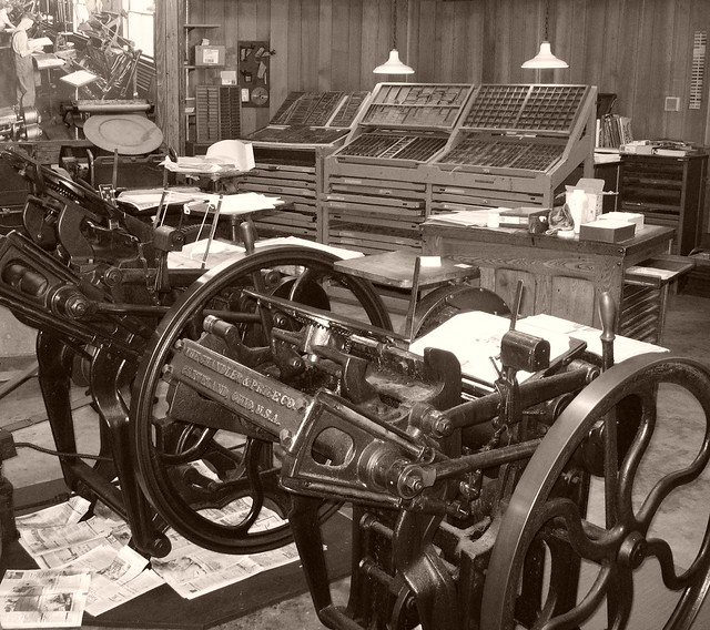 Old time print shop | Flickr - Photo Sharing!: https://flickr.com/photos/uncledave981/3475400397