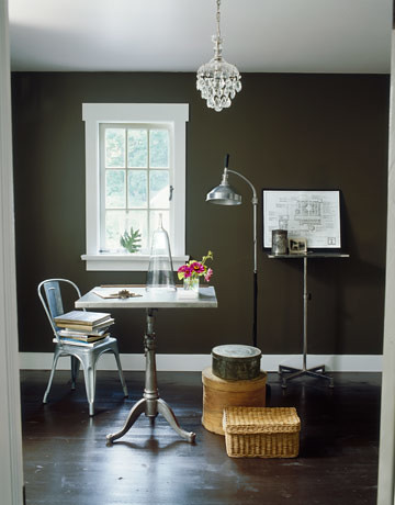Ideas for small spaces: Gray walls + simple furniture: Ralph ...