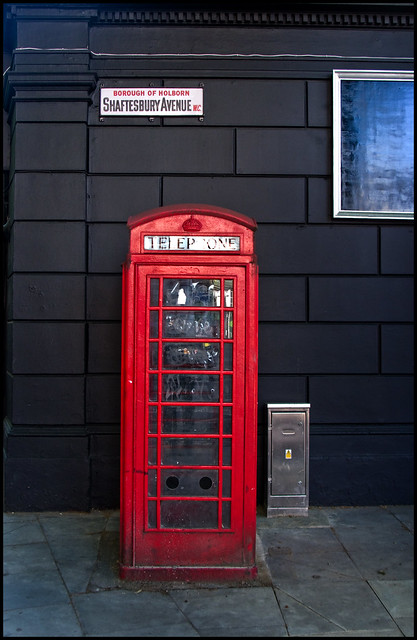 1914 Telephone Box