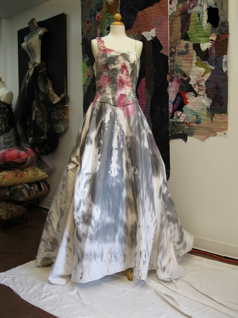 Hand painted wedding dress sara palacios desings flickr for Painted on wedding dress