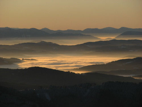morning light mist clouds czechrepublic slovakia inversion lysa levels lysahora explored kartpostal fatra mywinners inverze lysáhora ex20