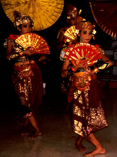 Bali Dancers / Balinese Dance - Fans