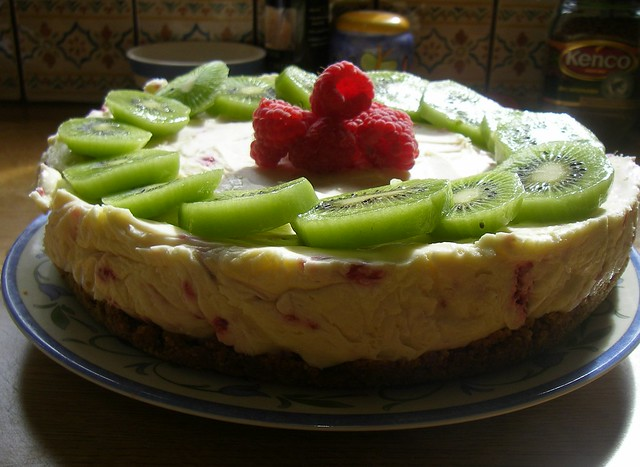 Raspberry & Kiwi Cheesecake | Flickr - Photo Sharing!