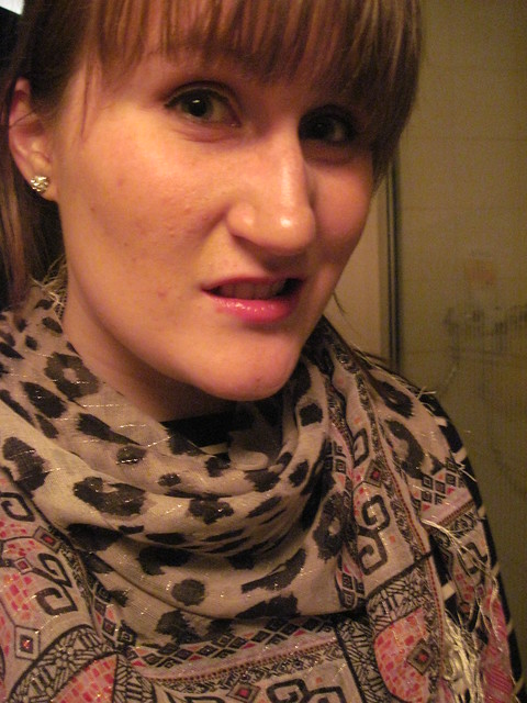 New Scarf (& a silly face)