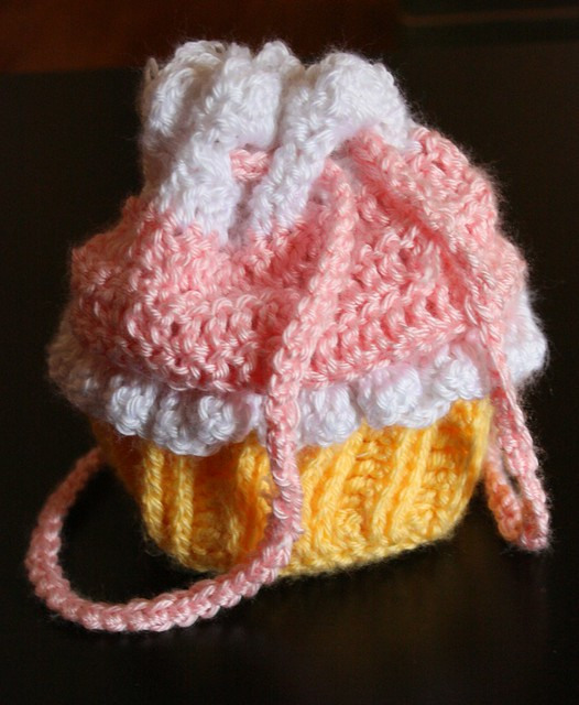 Cupcake Purse Pattern! - Crochetville