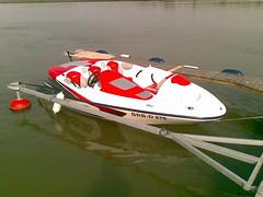 f1 powerboat racing(0.0), watercraft rowing(0.0), vehicle(1.0), powerboating(1.0), boating(1.0), motorboat(1.0), watercraft(1.0), boat(1.0),