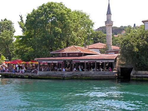 A híres Kanlıca-büfé