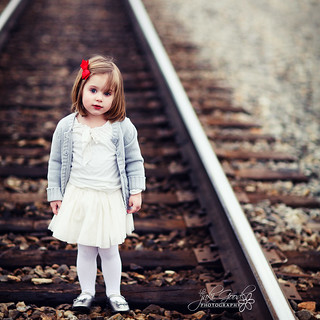 ella on the tracks