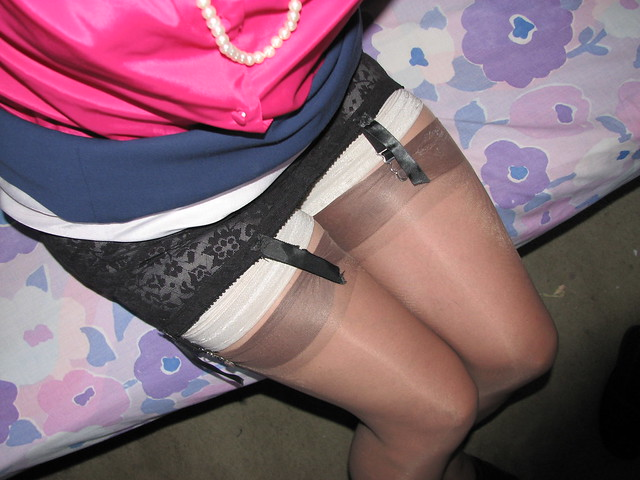 Girdle Stockings Pantyhose Pics Bomis 41