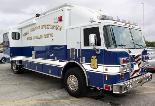 U.S. Federal Bureau of Investigation (FBI) Mobile Command Center Vehicle - Pierce Lance