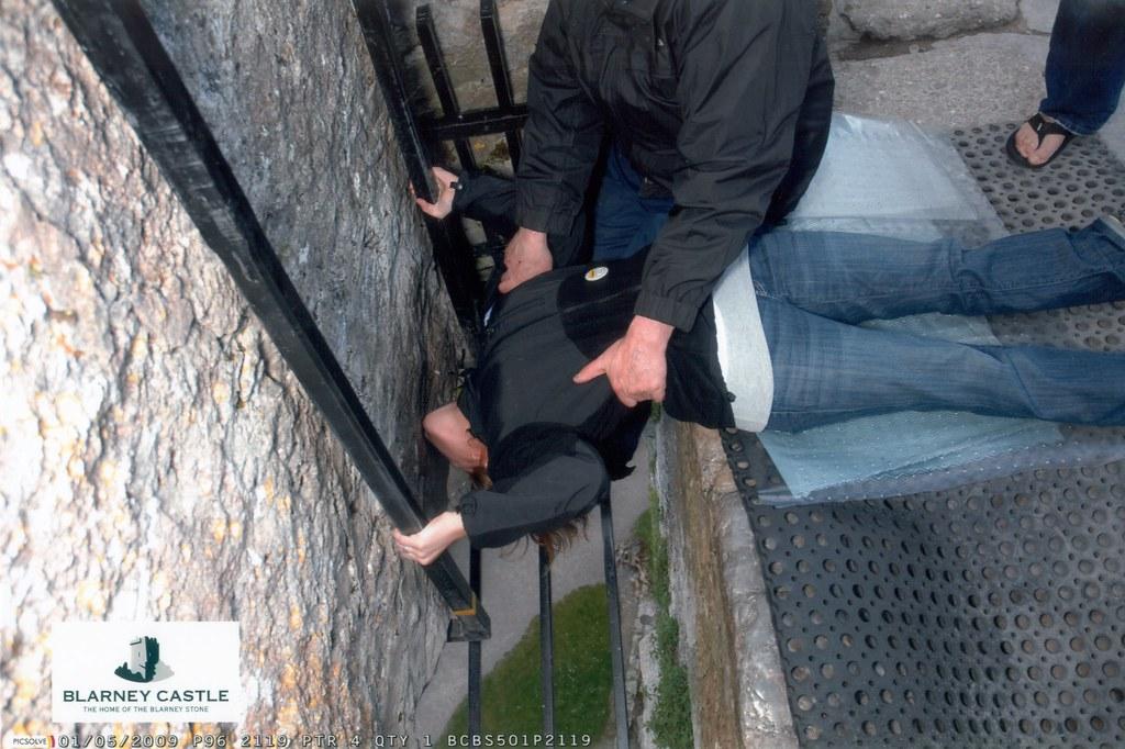 Stef Kisses the Blarney Stone