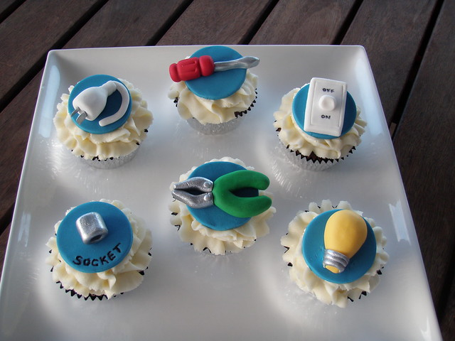 Electrician Cake Designs http://www.flickriver.com/photos/mossys_masterpiece_cake__cupcakes/3613681716/