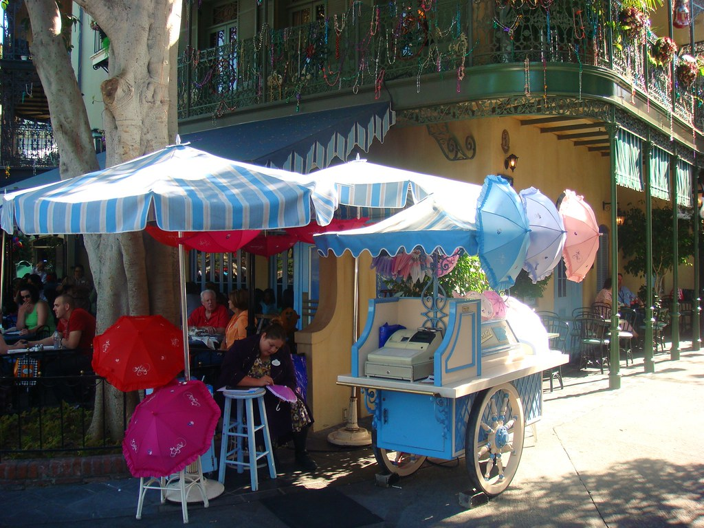 Disneyland Parasol Cart