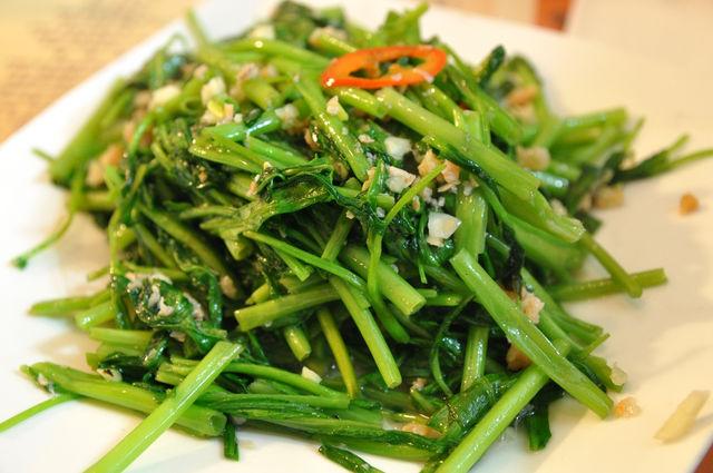 伊洛瓦底-蝦醬空心菜 NT$120